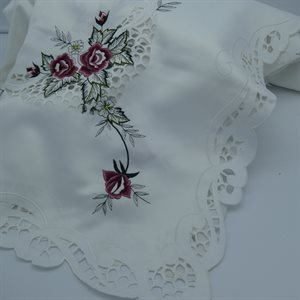 TABLECLOTH 67X126 WHT / BURGUNDY ROSE